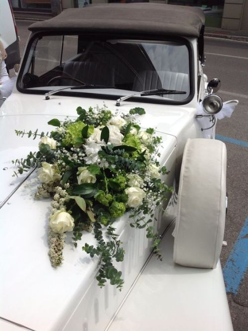 Classic Car Wedding Decoration